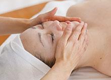 ドクターリセラ美肌再生トライアル 施術の流れ フェイシャルマッサージ
